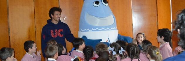 SARDI, las mascota del Mundial de Vela, nos visita